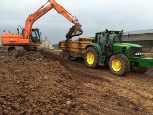 Digger tractor